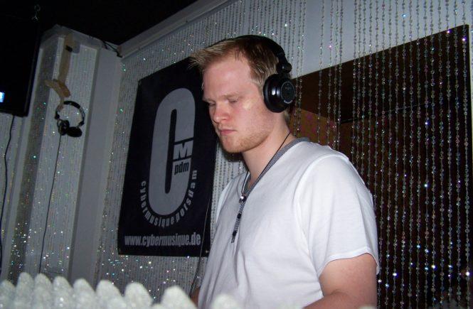 DJ P_Call @ Cybermusique 3.0